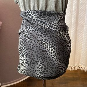 Forever 21 Grey Animal Print Mini Skirt Small